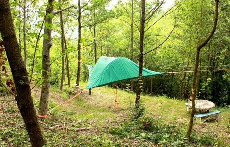 Agriturismo Parco del Grep - Case sugli alberi - Monferrato, Piemonte - Tenda sospesa tra gli alberi