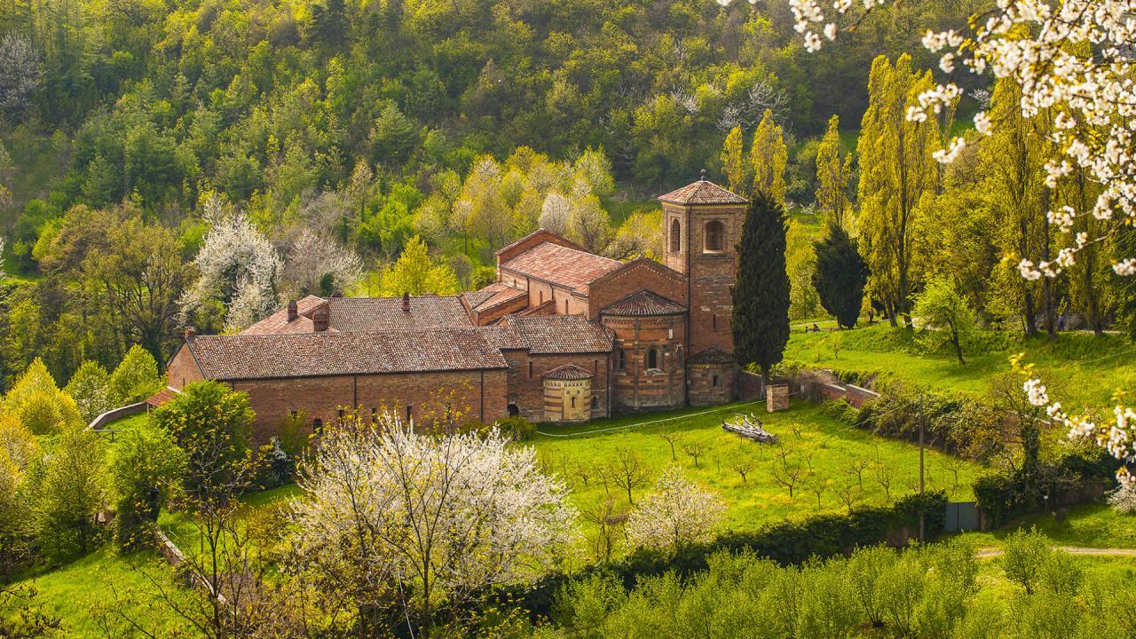 Siti culturali - Agriturismo Parco del Grep - Monferrato, Piemonte - Abbazia di Vezzolano