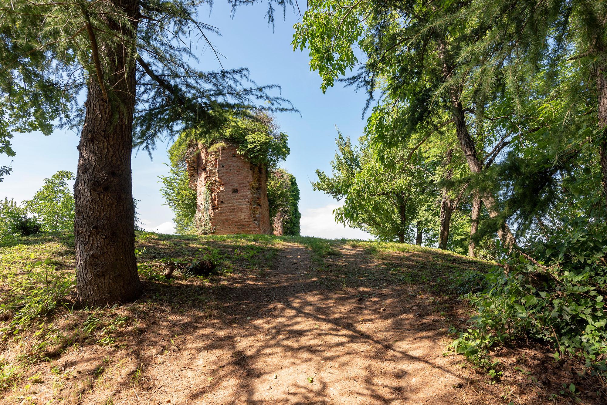 Escursione alle Torri del Grep - Agriturismo Parco del Grep - Monferrato, Piemonte
