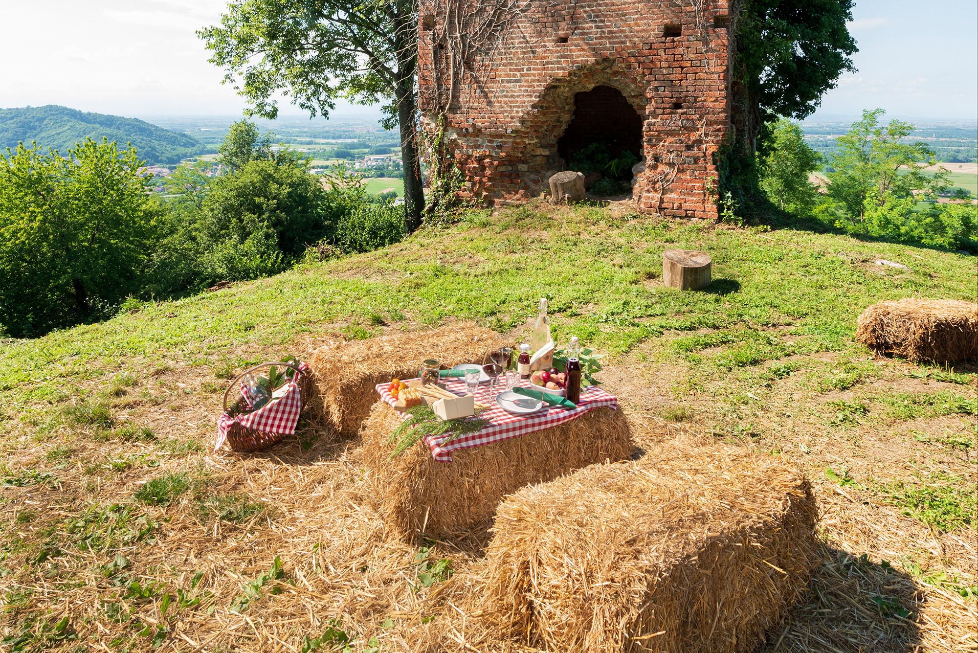 Agriturismo Parco del Grep - Monferrato, Piemonte - Picnic alle Torri del Grep