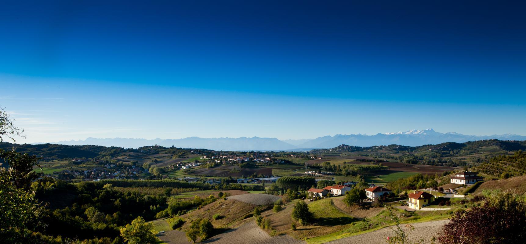 Tour enologici - Vista da Montaldo - Agriturismo Parco del Grep - Monferrato, Piemonte