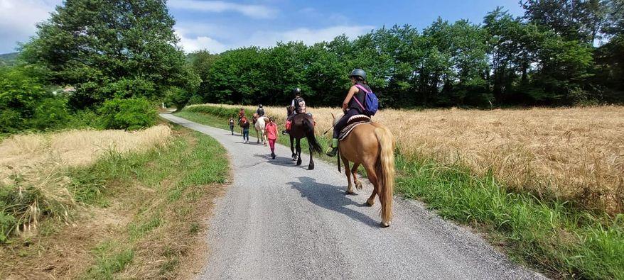 Gite a cavallo - Agriturismo Parco del Grep - Monferrato, Piemonte - ph. ASD Red Horse